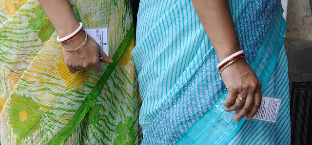 Voters queuing up in the 2014 Lok Sabha elections. Photo: Goutam Roy/Al Jazeera English on Flickr cc